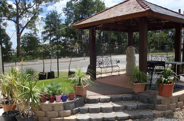 Landscaping Pebbles Sunshine Coast : Supply delivery landscaping supplies sunshine coast